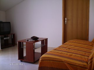 Pansion Apartment, Rtina
