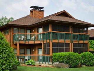 GATLINBURG***Deluxe 1 BR Condo***Bent Creek Resort, Gatlinburg