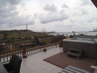 PENTHOUSE IN MARSAXLOKK WITH SEA & COUNTRY VIEWS, Marsaxlokk