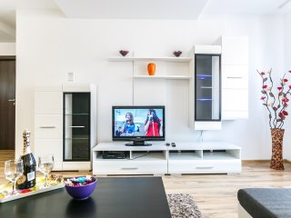 Alba Iulia Luxury13, Bucharest