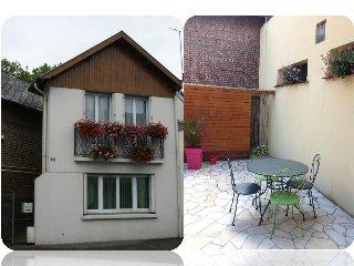 Charmante maison meublée / Gîte urbain, Lisieux