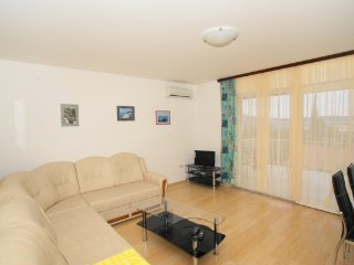 Apartment Robic 1, Selce