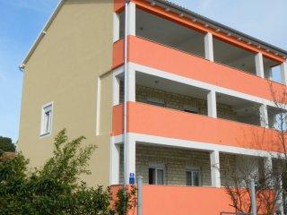 Ferienwohnung mit 8 Betten in 3 Schlafzimmer 1 OG, Bibinje