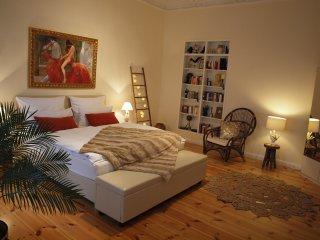 Hauptstadt-Apartment ***** mit Balkon, WiFi, Waschtrockner ...