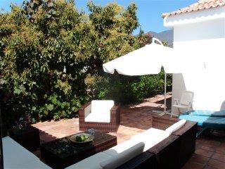 Finca Casa Leon,grosses Landhaus in bester Klimazon auf Avocadofinca,Wlan,Garten