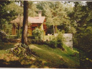 silent house in the forest romantic como lake, Albavilla