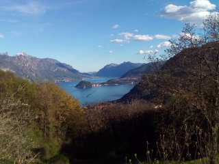 CASA LUCIA: natura e relax a due passi dal lago, Plesio