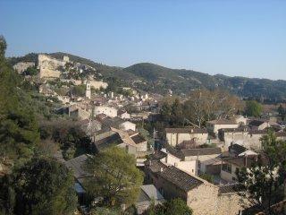 En Provence près d'Avignon aux Alpilles, Boulbon