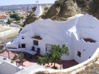"Casa rural ""Cueva Almendro"" (Cueva Amandier), Guadix"