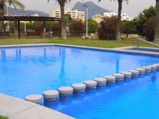 urbanización con piscina cerca del mar, Villajoyosa