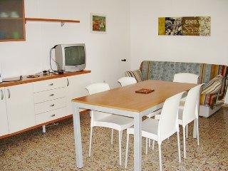 Villa Patrizia | 7 people | garden, Lignano Pineta