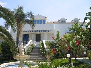 Villa Sissi Appartment 1, Cava d'Aliga