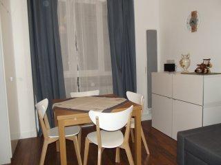 Joli T2 meublé plein centre Intra-Muros SAINT-MALO