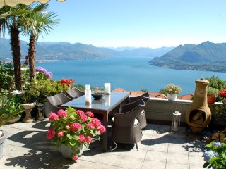 Stunning penthouse with panoramic views in Stresa