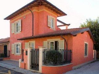 3 Bedroom villa near the beach - 138, Forte Dei Marmi