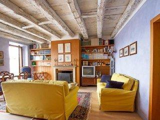 Affascinante e spazioso appartamento con 3 camere da letto - 13200, Maccagno