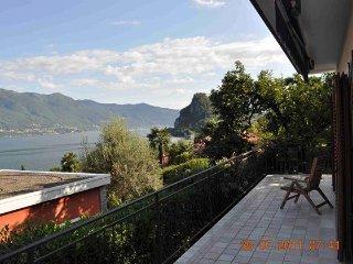 Moderna villa con 2 camere da letto in posizione ideale - 13419, Castelveccana