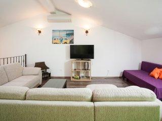 apartman pansion julija, Omis