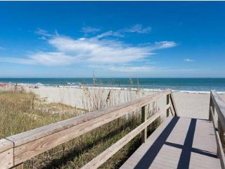 Spectacular - Direct Oceanfront Condo, Cocoa Beach