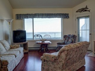 Little Whale Watch Condo ~ RA5819, Depoe Bay