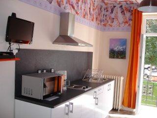 Appartement rénové par architecte, artiste peintre