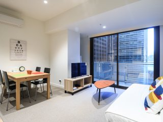 2BR Apartment & FREE WIFI for Urban Travelers, Melbourne