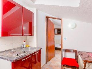 Center|wi-fi|attic|balcony|sea-view|, Budva