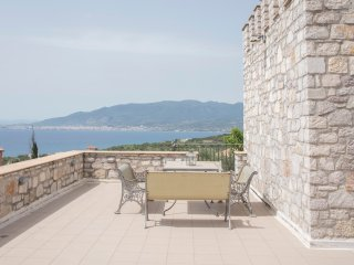 TRADITIONAL STONE TOWER WITH BEAUTIFUL SEA VIEW, Mikri Mantineia