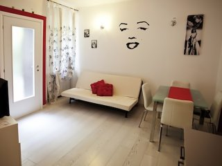 Loreto Modern Apartment