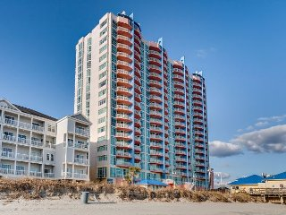 Oceanfront condo-full kitchen, garden tub, resort amenities, @ fishing pier, North Myrtle Beach