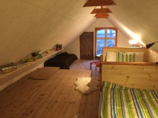 Happy Dogs Ranch Cozy Hay Loft, Veberod