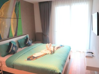 Deluxe Two-bedroom apt. 78 sqm in Patong