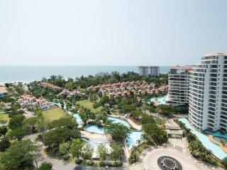Beachfront Duplex Penthouse Seaview Condo, Hua Hin