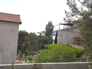 Cozy apartment with sea view, Omis