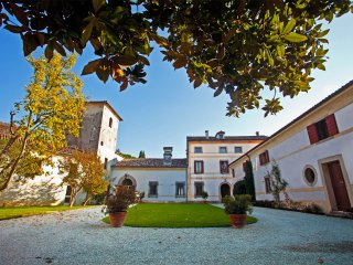 romantico appartamento di Torre, Colle Umberto