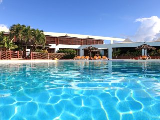 Les Residences du Manganao avec piscine et plage, Saint François