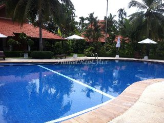One and two-bedroom bungalows in a beautiful complex on the beach, Rawai