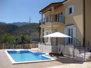 DeLuxe Pool-Villa Greta