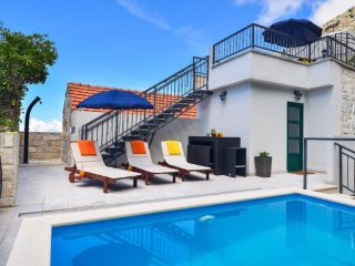 Stone house/pool/gorgeous view/value for money!!