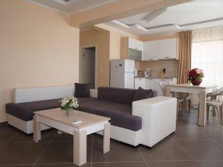 Two-bedroom apartment in the complex Deja Vu, Sveti Vlas