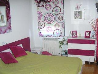 bonito apartamento con jardín, Mogro