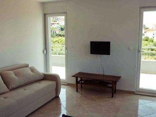 New apartment near the beach, Donji Seget