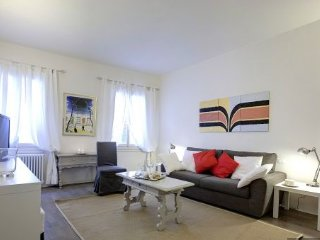 San Crocino Bright, modern apartment