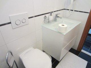 004, Luxury apartment,direct on sea, Grebastica