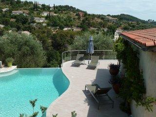 Agréable villa tout près de Nice