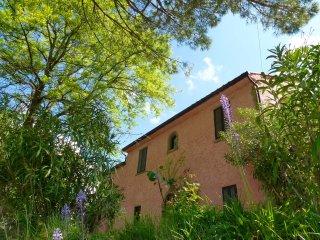 Lake view villa Tuscan Umbrian border, Tuoro sul Trasimeno