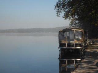 Fairbank Lake Resort - 2 & 3br. Lake Side Cottages, Sudbury