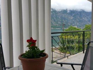 Bayside brand new apartment, Kotor