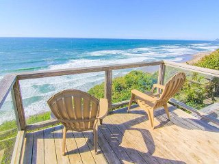 Easy-Access Oceanfront Home has Fabulous Views