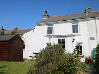 Quaint Old Miners Cottage built in the 1840s, Delabole